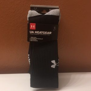 Mens Underarmour 3 pair crew socks. Sz. 4-8